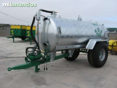 Tanks for liquid manure